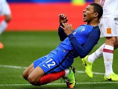 Francia aglutina todo su potencial