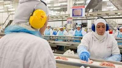 En Argentina piden investigar las inversiones de JBS en la industria