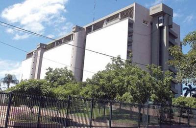 Paraguay está muy cerca del privilegiado grado de inversión, según analista económico