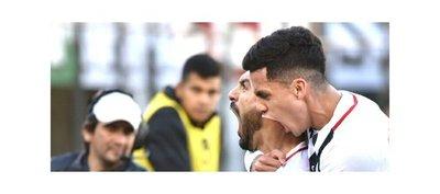 Libertad golea Olimpia y da otro paso hacia el título