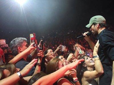 Enrique Iglesias y Pitbull en un espectáculo en Miami