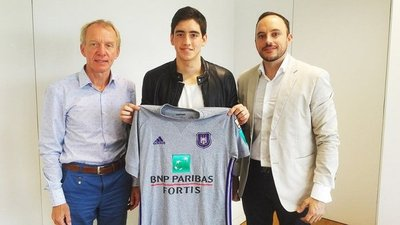 El Anderlecht presenta a Gianlucca Fatecha