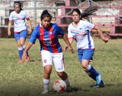 El domingo será día de fútbol femenino