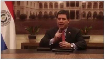 """Cartes vetó la ley que regala plata a """"chóko"""""""