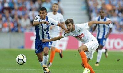 El Porto se estrena en la Liga lusa goleando al Estoril