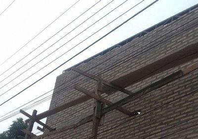 Herrero muere electrocutado en Luque