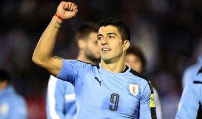Uruguay golea Bolivia y se anota en la Copa Mundial
