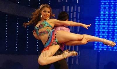 """Sabe bailar y tiene muchos amigos: razones del PEN para lanzar a """"La Kchorra"""""""