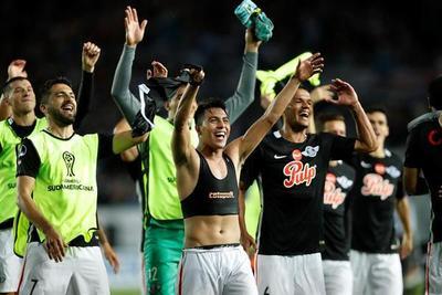 Libertad empató ante Racing y se clasificó a semifinales