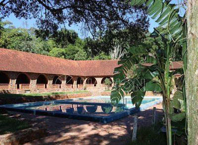 Hotel Tirol del Paraguay reabre sus puertas con nuevo concepto