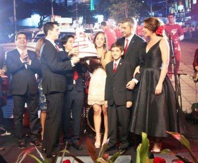 Marito recaudó USD 1.300.000 en cena de campaña