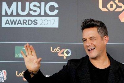 El Grammy Latino, a los pies de Alejandro Sanz
