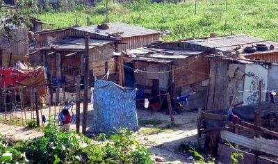 Objetan manejo de cifras de pobreza