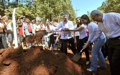 NEGOCIADO EN 2011 DEJÓ SIN EMPEDRADO A COMUNIDADES DE CARLOS A. LÓPEZ