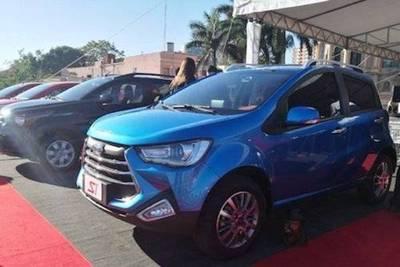 El furor por el 0 Km: 500 unidades vendidas en 7 días con plan del auto familiar
