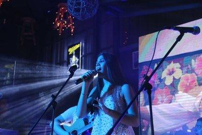 Joven cantante lanzó nuevas canciones