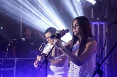 Joven cantante que cantó tema de Los Buscadores lanza su álbum