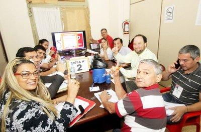 Conteo de votos en la ANR sigue el martes con Guairá