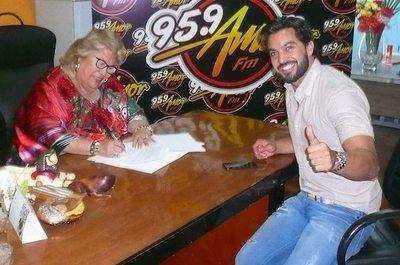 """FAMOSOS """"AL AIRE"""": Mudanzas de locutores en radios"""