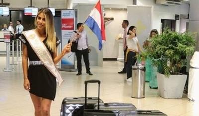 Jessica Torres Rumbo A Egipto