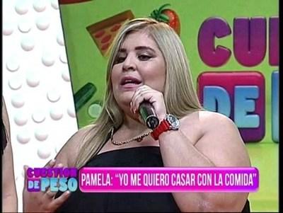 """Pamelita Ovelar: """"No tengo pareja porque me dedico a comer"""""""