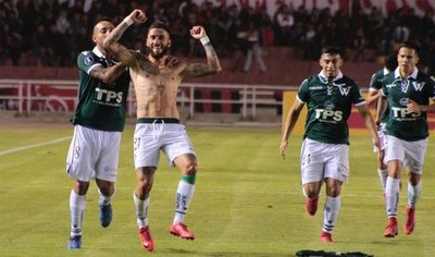 Santiago Wanderers espera en próxima fase a Santa Fe o Táchira