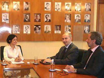 Embajador de la UE a favor del capital humano en Paraguay