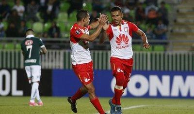 Santa Fe derrota al Santiago Wanderers con un doblete de Morelo