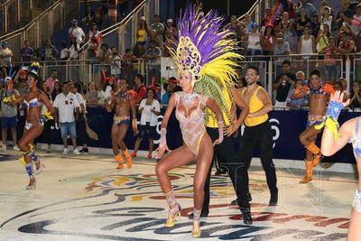 Más de 10.000 personas vibraron en cierre de carnaval encarnaceno