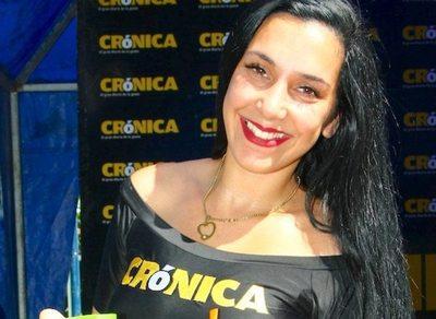 Reunión con lectores: Furor total el stand tererehápe de Crónica