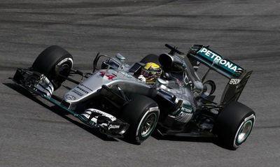 Hamilton, el más rápido en los ensayos de Montmeló