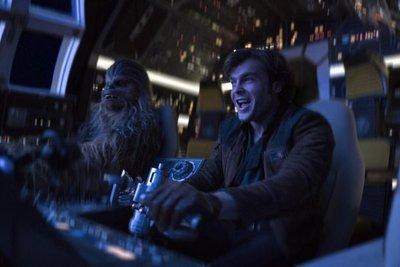 """Más acción galáctica en nuevo tráiler de """"Han Solo"""""""