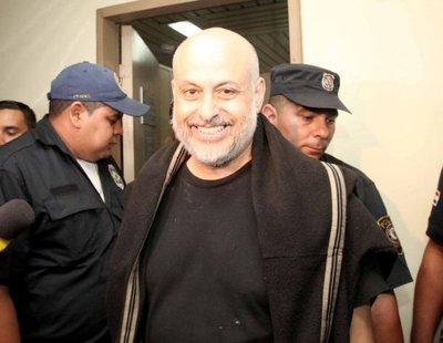 Payo Cubas gana una banca en el Senado