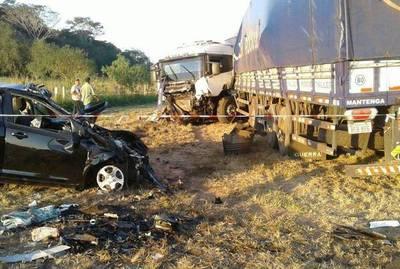Domingo trágico en las rutas: varios fallecidos en diferentes percances