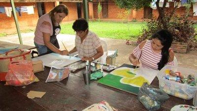 Misiones: Apuestan a la pintura para vencer el estrés