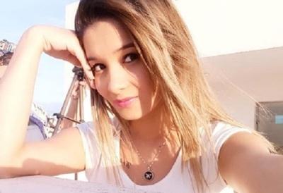 Mariela Bogado Recibió El Saludo De La Cantante Myriam Hernández