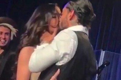 Maluma se le declaró a su yiyi en pleno show