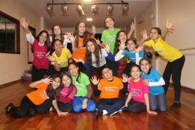 Paraguayos participarán en festival de teatro