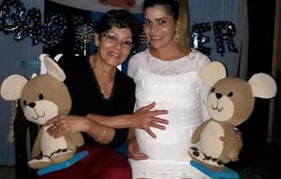 Liz Carolina Celebró Su Baby Shower