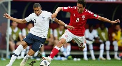 Francia igualó con Dinamarca y quedó primera en el Grupo C