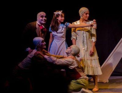 """""""Alicia en el País de las Maravillas"""", desde hoy en el Teatro Latino"""