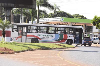 Junta de Hernandarias reduce el  precio del pasaje de bus urbano