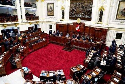 """Barren"" con el Consejo de Magistratura en Perú"
