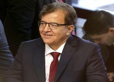 Renuncia de Nicanor al Senado debe ser aceptada para asumir en la EBY