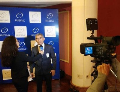 Parlasuriano sitúa en un bochorno internacional al Paraguay