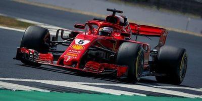 Vettel domina los segundos ensayos libres en Hungría