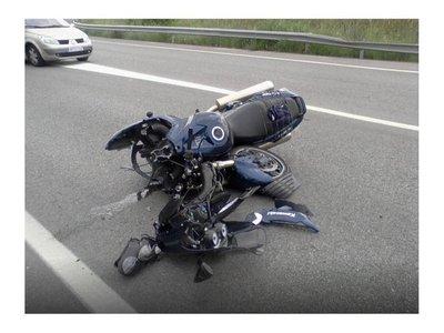 Hermanas fueron en moto a la escuela y murieron arrolladas