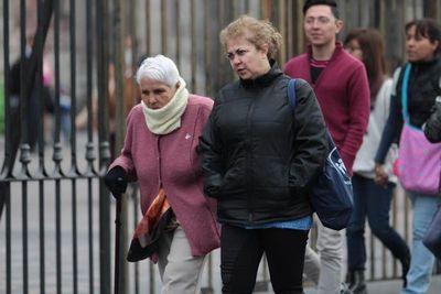 Recomiendan no exponer a niños y adultos mayores en días de frío