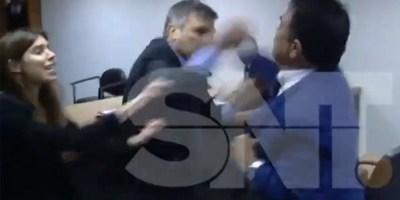 """""""PERDIERON EL JUICIO"""": ABOGADOS SE TOMAN A GOLPES EN TRIBUNAL"""