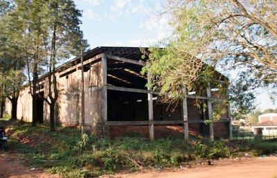 Escuela de carpintería, abandonada